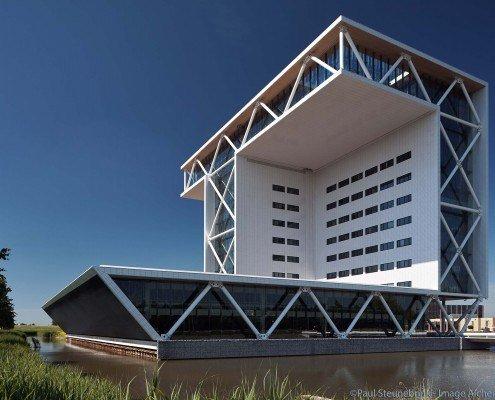 Bouwhuis building, NL